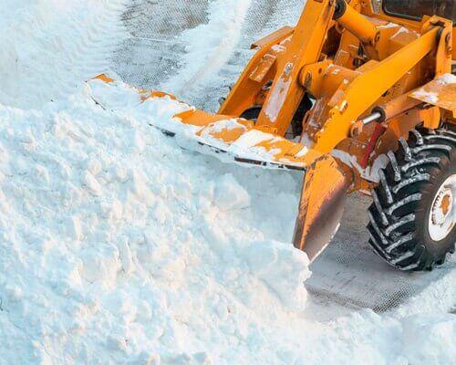 Уборка снега с дачных и садовых участков