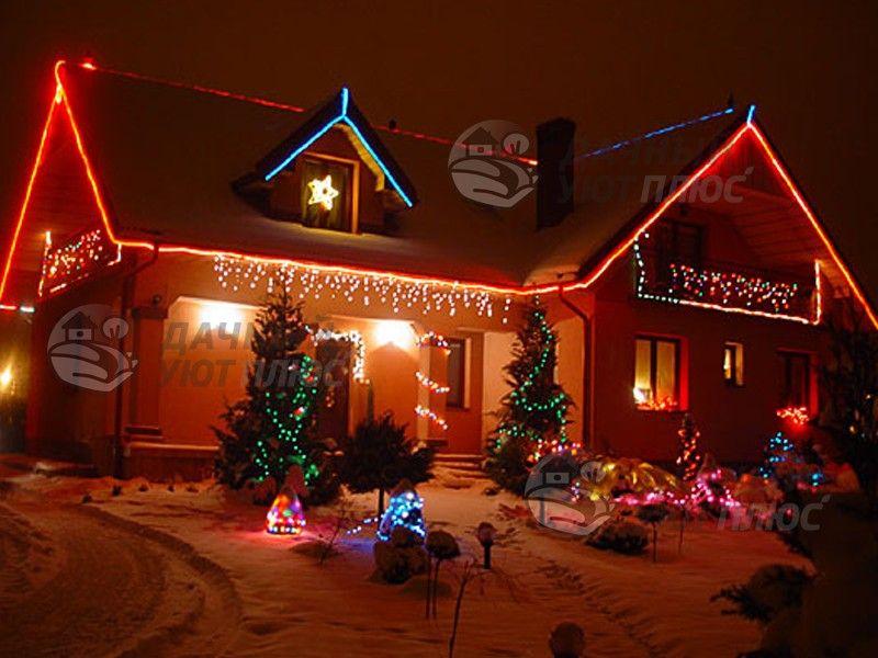 Праздничное освещение дома гирляндами
