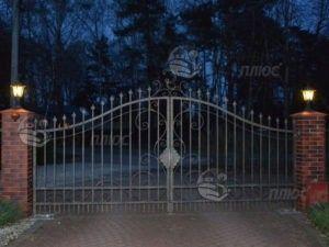 Освещение ворот (вьездной зоны)