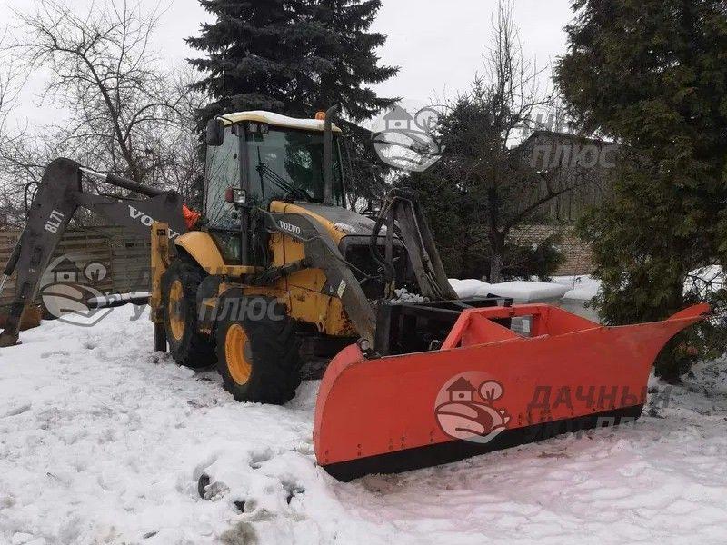 Убока и погрузка снегда для вывоза с участка