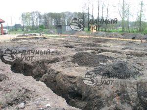 Близость грунтовых вод обнаружилась после начала работ по обустройству фундамента